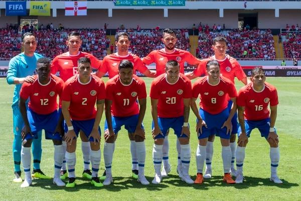 Once estelar de Costa Rica en el amistoso contra Irlanda del Norte, en el Estadio Nacional. Fotografía José Cordero