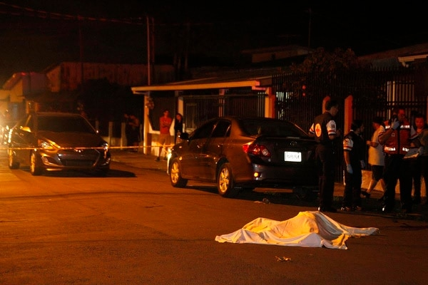 Pese a la rápida llegada de la Cruz Roja, las lesiones que presentaba Solano fueron letales.