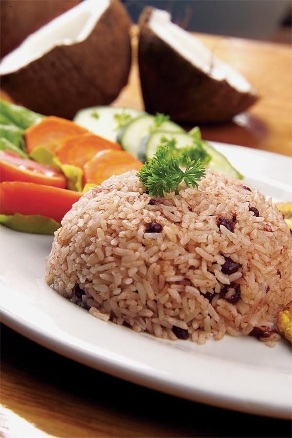 El tradicional platillo caribeño: rice and beans.