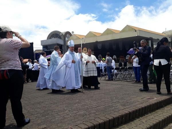 El obispo de Limón, Javier Román Arias, fue el encargado de la homilía de este 2 de agosto.