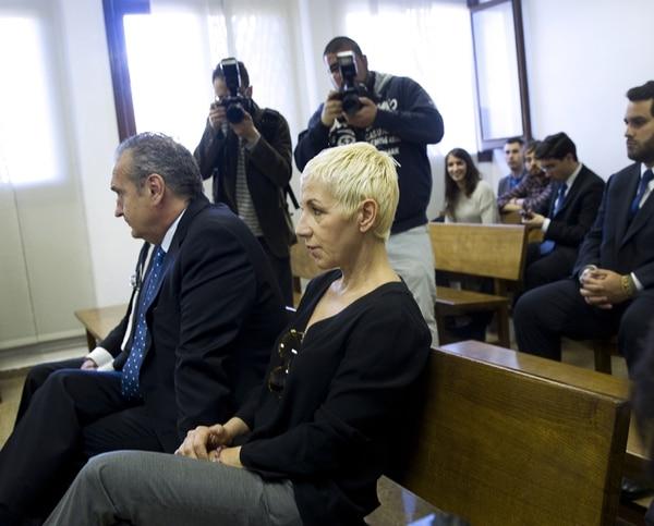 Ana Torroja se presentó al tribunal en Palma de Mallorca para escuchar la sentencia por fraude fiscal.   AFP