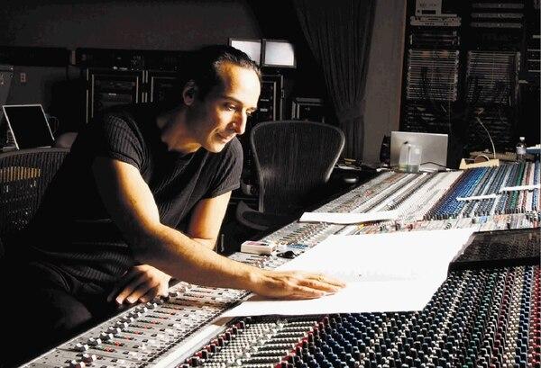 El francés Alexandre Desplat aparece dos veces en la categoría de mejor banda sonora.