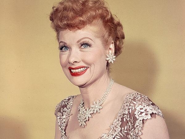 Lucille Ball se hizo fama en la televisión en los años 50.