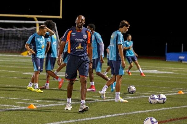 Paulo Wanchope dirigió el entrenamiento de ayer en la cancha de fútbol americano de la Universidad Católica de América, en Washington. | MAYELA LÓPEZ
