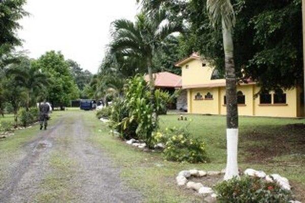 El 14 de noviembre, agentes judiciales allanaron una lujosa vivienda en Guácimo (Limón), propiedad de José Arnoldo Díaz Castro, conocido como Pelleja, quien estaría involucrado en la red narco. | ARCHIVO / REINER MONTERO.