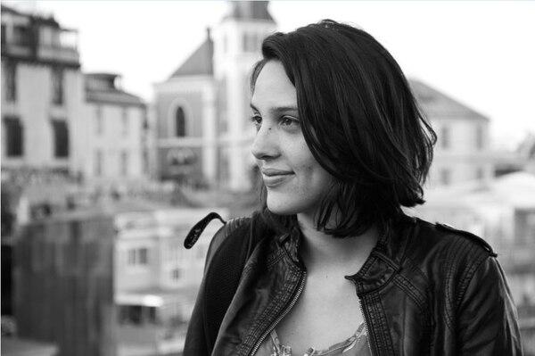 Sofía Quirós Úbeda reside en Argentina, donde ha realizado otros de sus cortometrajes.