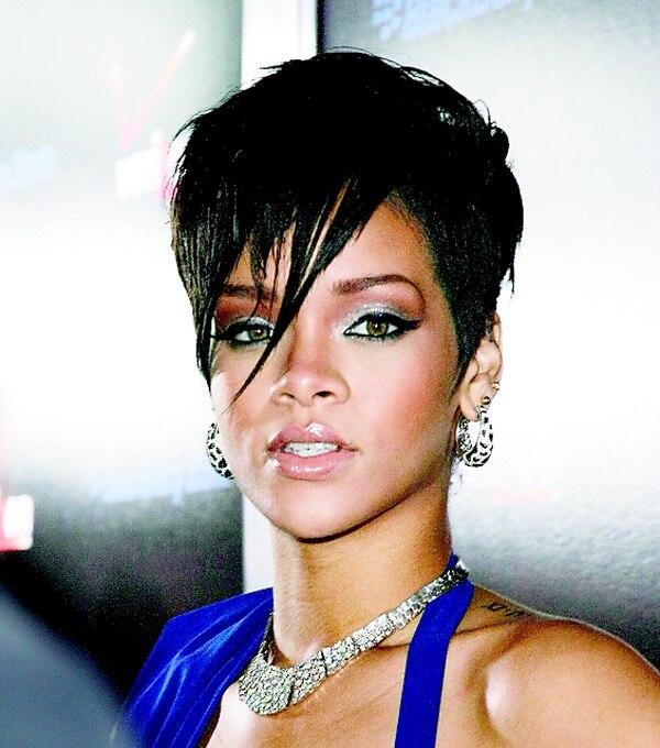 Nude es el perfume de Rihanna. Archi