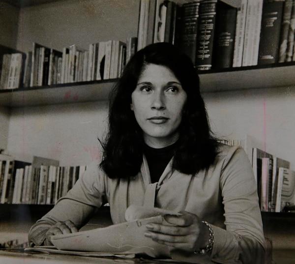 Retrato de la artista plástica Grace Blanco. Reproducción: Mayela López