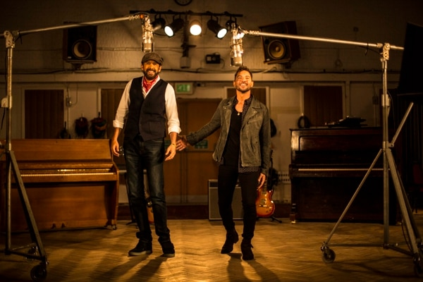 Otro de los duetos que realizó Bisbal fue con Juan Luis Guerra, cuando juntos presentaron la canción 'Si no te hubieras ido' de su colega, Marco Antonio Solís. Fotografía: Archivo