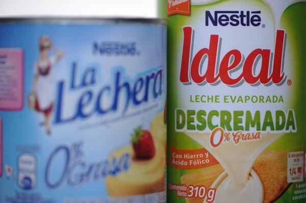 El cero es hoy uno de los grandes ganchos de muchas etiquetas, incluso en productos en los que antes era impensable, como la leche condensada y evaporada con cero grasa. Credito: Jorge Navarro