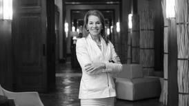 Teresa Carlson, de Amazon Web Services: 'Ir en contra de la computación en la nube es como luchar contra la gravedad'