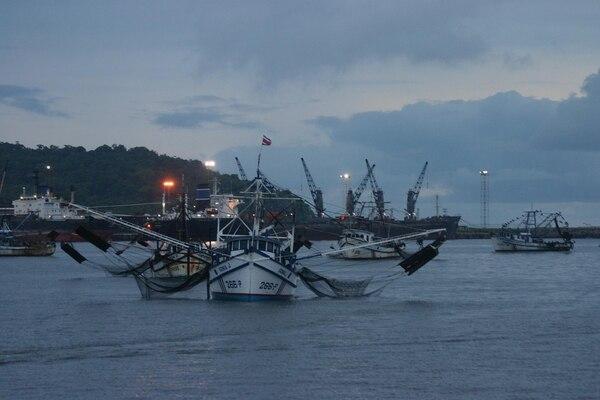 Entre la protección del ambiente marino y el empleo y exportaciones, la Sala optó por lo primero.