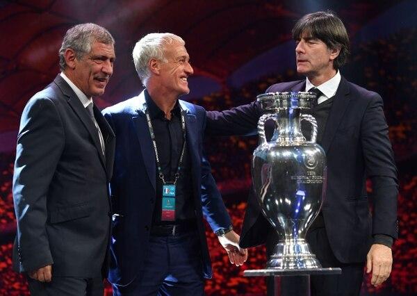 Fernando Santos (Portugal), Didier Deschamps (Francia) y Joachim Loew (Alemania) se enfrentarán en la Eurocopa 2020. Las tres selecciones quedaron ubicadas en el Grupo F. AFP