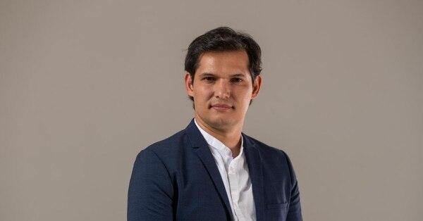 José Pablo Alfaro, periodista deportivo en La Nación.
