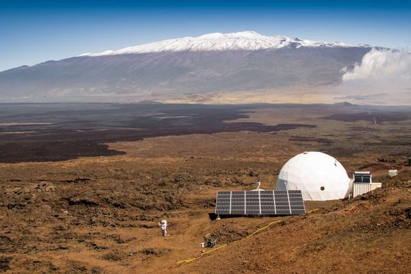 Durante la misión simulada, los 6 tripulantes no pueden establecer contacto con el mundo exterior. Su vida está restringida al hábitat.