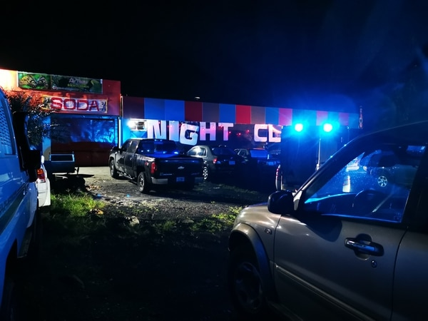 Tres sujetos fueron detenidos luego de un allanamiento en un club nocturno. Foto: Reiner Montero, corresponsal GN