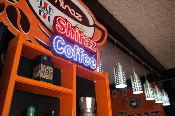 11/7/2018. Santa Maria de Dota. Cafeteria Shiraz, propietario Cesar Castro. Foto Jeffrey Zamora