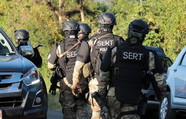 En octubre del 2019, el OIJ detuvo a los supuestos responsables de la colocación de artefactos explosivos en el Congreso y las instalaciones de Teletica. Foto: Alonso Tenorio