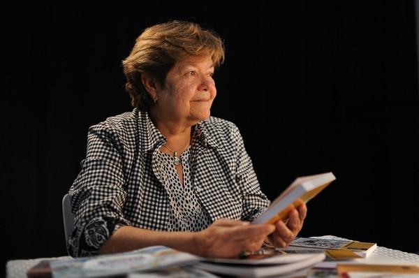 María Pérez-Yglesias es una escritora costarricense, catedrática jubilada de la Universidad de Costa Rica. Este diciembre visitará la FIL de Guadalajara. Foto: Jorge Navarro
