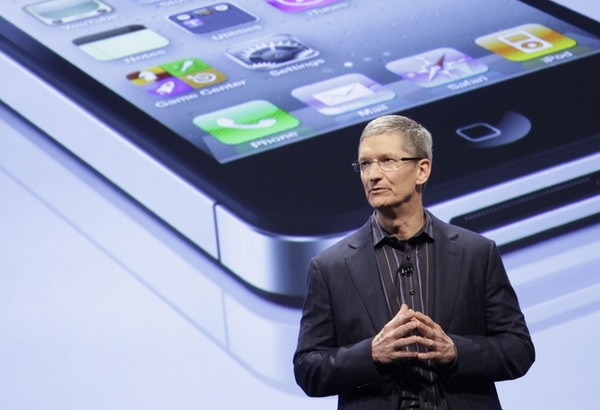 El director general de Apple, Tim Cook, ganó $4.25 millones durante el año que termina.