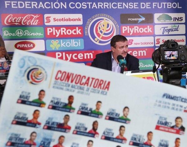 Óscar Ramírez en la rueda de prensa de este viernes donde anunció la lista de convocados de la Sele. La Tricolor jugará el 8 de junio ante Panamá y el 13 frente a Trinidad y Tobago.