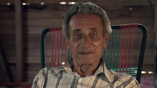 Salomón Peña tiene 75 años. Su pensión no le alcanza. | ADRIÁN SOTO H.