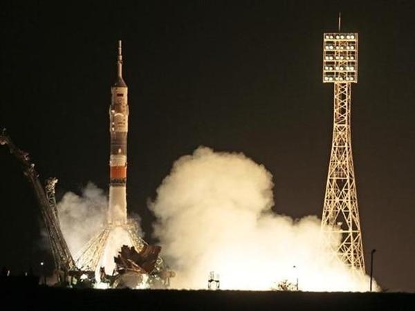 La nave trasladó a los astronautas hasta la ISS. | MIKHAIL METZEL/AP