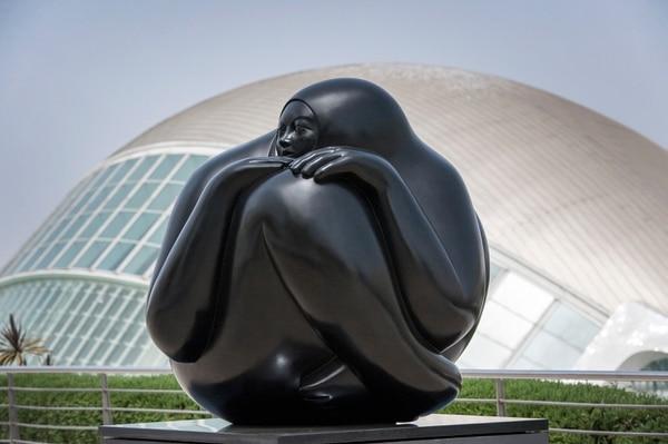 'Centinela', escultura de Jiménez Deredia. Foto: Tommaso Malfanti.