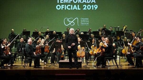 En este concierto, la Sinfónica Nacional estuvo dirigida por su titular, Carl St. Clair. Foto: Ana Mariela Rodríguez Guillén para LN.