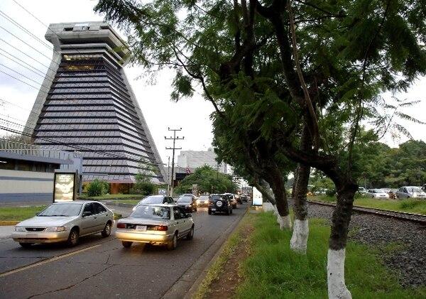La Contraloría General de la República divulgó esta mañana su Informe de Evolución Fiscal y Presupuestaria del Sector Público 2017.