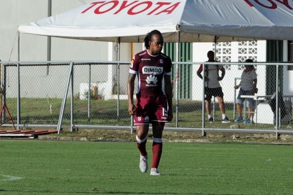 Lemark Hernández llegó al Saprissa para el Torneo de Apertura 2017.