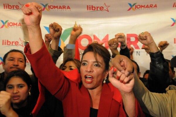 La excandidata presidencial de la izquierda hondureña, Xiomara Castro, llamó a sus seguidores a protestar contra los resultados de las elecciones presidenciales del domingo pasado.