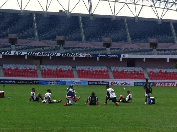 La Tricolor se entrenó hoy martes en el Estadio Nacional. / José Luis Rodríguez