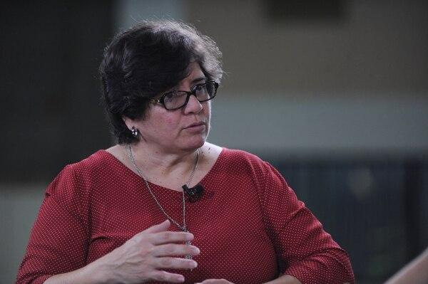La directora médica del Hospital Nacional de Geriatría, Milena Bolaños, considera fundamental la participación comunal en la protección de sus adultos mayores. Foto: Archivo/Jorge Navarro