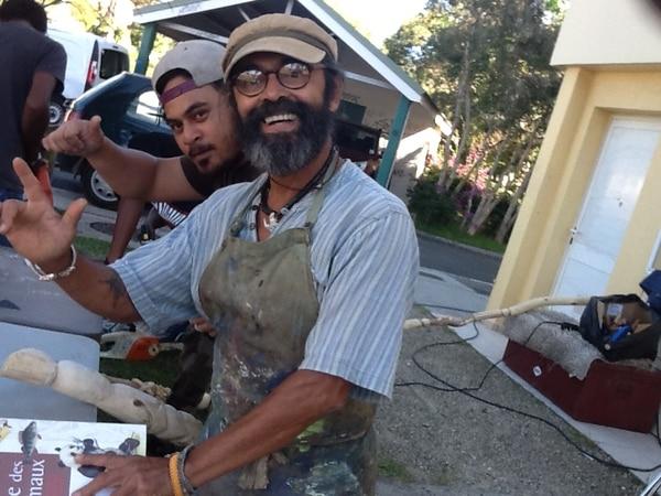 Jaime Umaña Masís es artista plástico y vive en Nueva Caledonia.