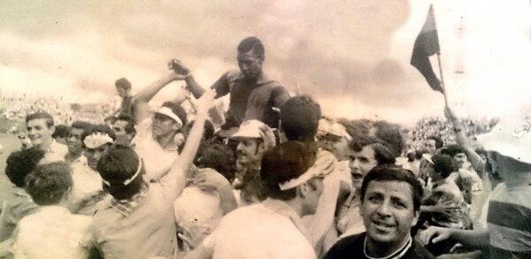 Errol Daniels conquistó seis títulos de goleo y un total de 197 anotaciones en su corta carrera. Una lesión truncó su leyenda. Créditos: Museo Virtual Liga Deportiva Alajuelense