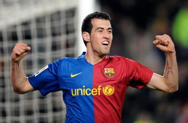 Sergio Busquets festeja un gol que anotó el 7 de marzo del 2009 para Barcelona ante el Athletic Bilbao en el Camp Nou.