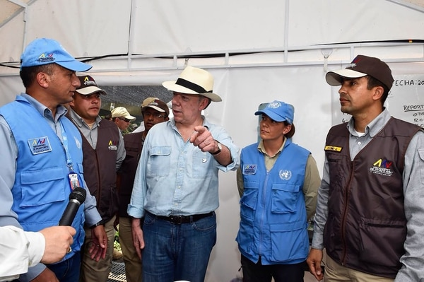 El presidente Juan Manuel Santos visitó el poblado de La Carmelita, una de las zonas donde guerrilla dejará las armas en los próximos meses.