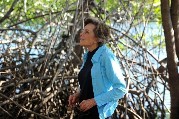 Sylvia Earle visitó el Parque Nacional Marino Las Baulas de Guanacaste para conocer sobre le proceso de anidación de las tortugas marinas. | ALONSO TENORIO