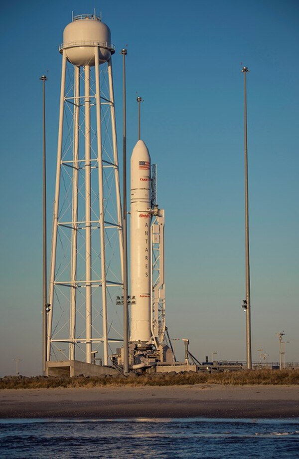 Lanzamiento del cohete de Orbital Sciences / AP