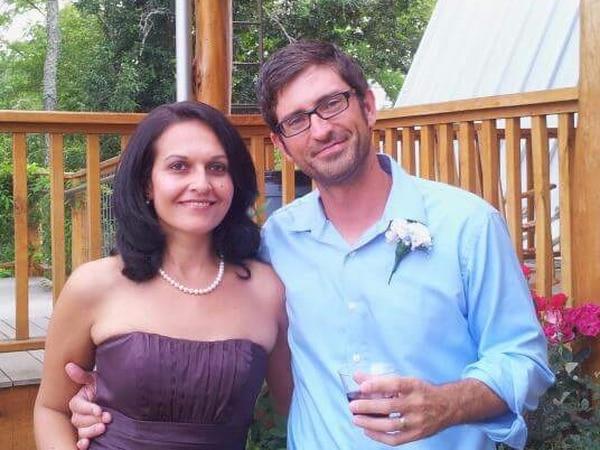 Carolina Coto y su esposo, Jeffrey W. Welter, esperarán al huracán Florence en su casa en la ciudad de Charlotte.