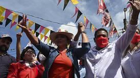 Candidatos de izquierda y derecha arrecian campaña electoral en Honduras
