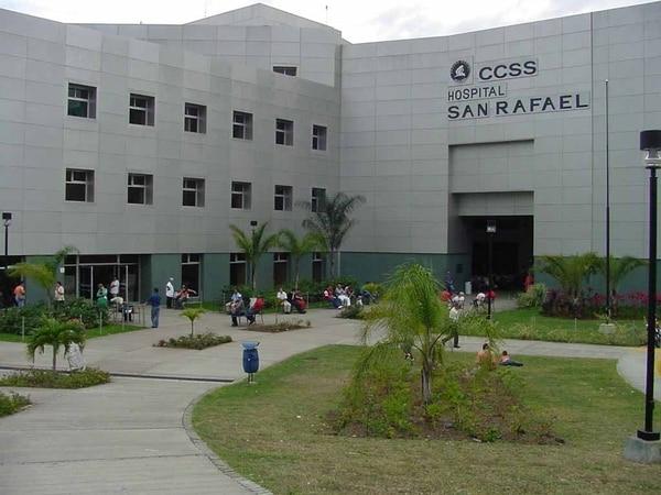 Uno de los choferes murió el hospital de Alajuela. | ARCHIVO.