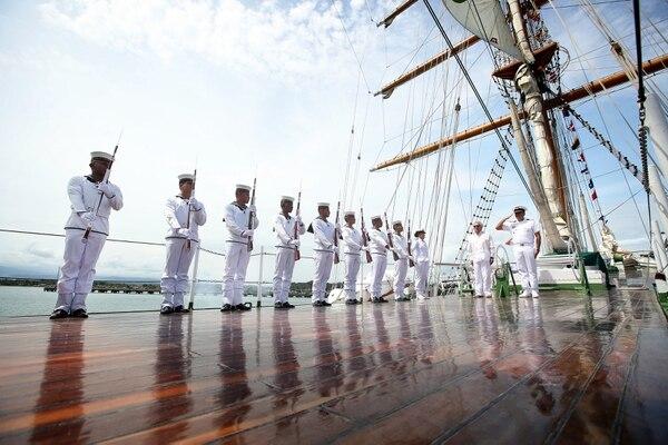 14/11/2017/ LLegada del Buque ARC Gloria insignia de la armada de Colombia y embajadora de Colombia en los mares del mundo durante su llegada a Puerto Limón / Fotografía: John Durán