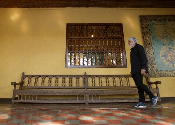Recorrer las instalaciones del Museo Nacional, en Cuesta de Moras, llena de nostalgia al escultor, que asistió por primera vez a este lugar a los 9 años. Foto: Albert Marín.