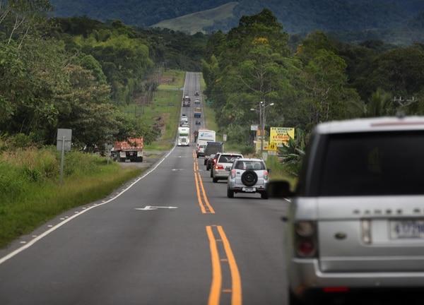 La ampliación a cuatro carriles de la ruta 32 (San José-Limón) se hará del cruce hacia Río Frío hasta el centro de Limón, el cual es de 107 kilómetros. Fotografía: JOHN DURAN