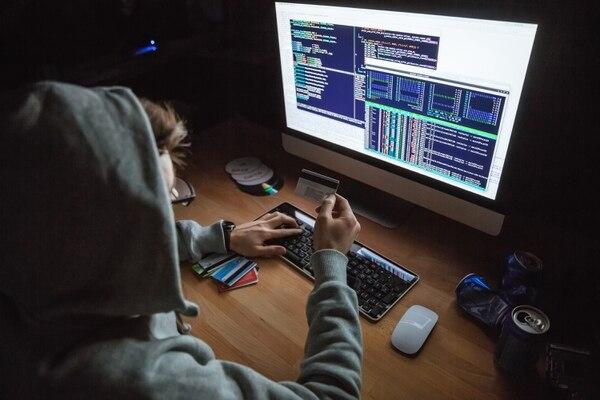 34.237 hogares afirmaron en la Enaho 2018 haber sido víctimas de estafas por Internet. Foto: Archivo.