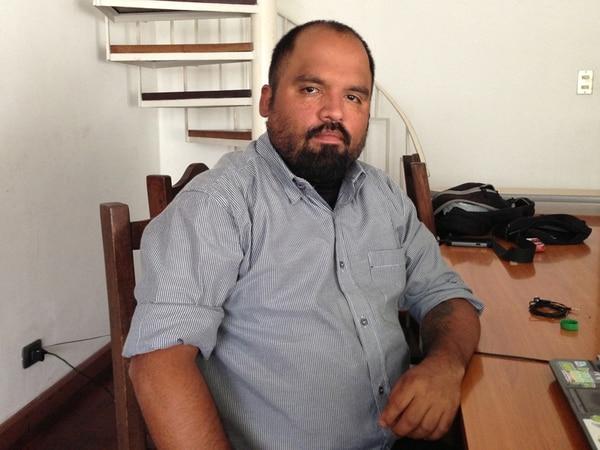 Diego Grooscors ha liderado movimientos para legalizar la droga. Del lado opuesto, el Gobierno ha endurecido los controles. | HULDA MIRANDA Y ARCHIVO.