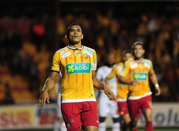 Cristhian Lagos le anotó un tanto a Santos en la victoria de 2-1 en el juego de ida. El delantero no celebró la anotación.