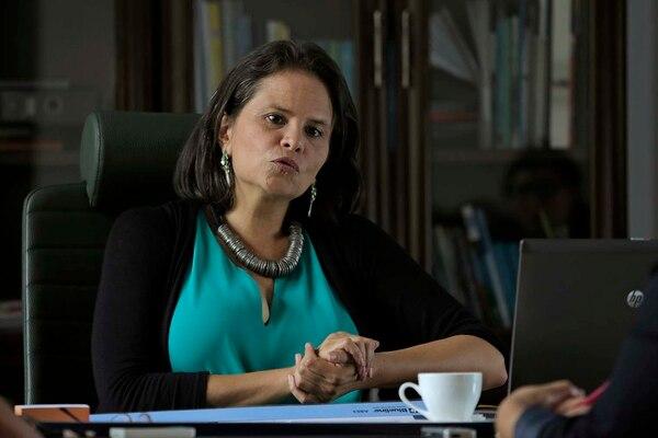 La ministra de Cultura, Sylvie Durán, explicó los cambios en su equipo de trabajo.